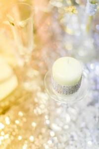 Свадебные свечи и пайетки